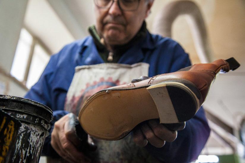 найти мужскую обувь больших размеров