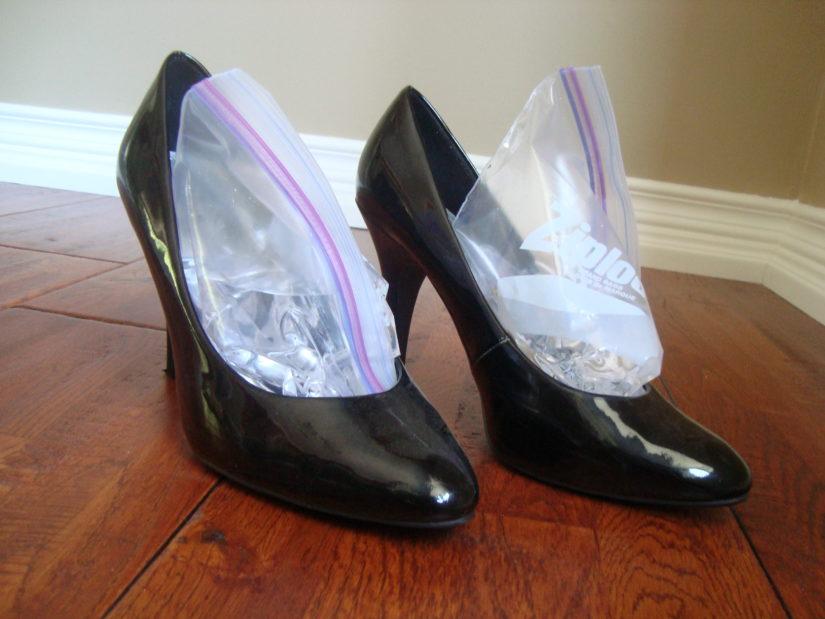 как быстро растянуть обувь дома